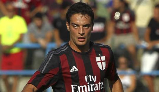 Andalan Baru AC Milan, Giacomo Bona-versatile!