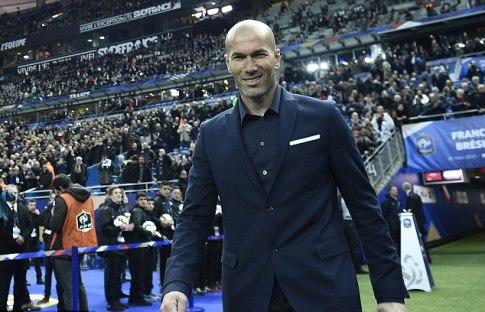 Empat Hal yang Harus Zidane Lakukan di Real Madrid
