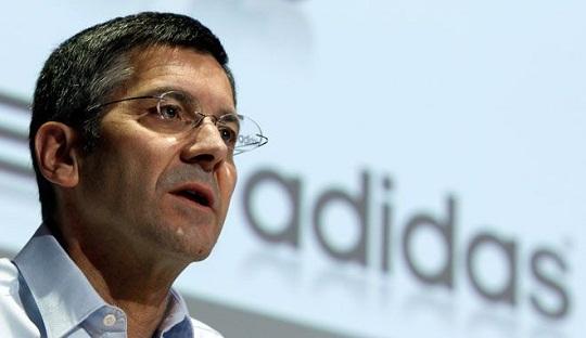 Gaya Main Manchester United Dikritik CEO Adidas