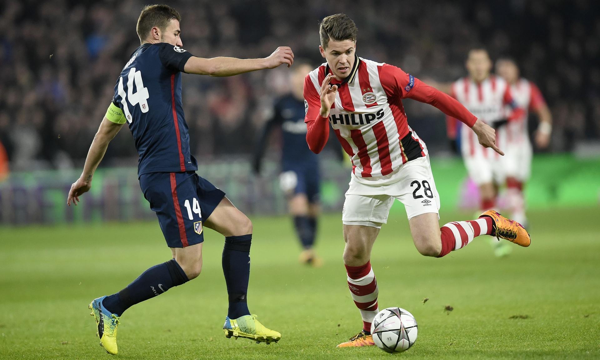 10 Pemain PSV Tahan Imbang Atletico Tanpa Gol