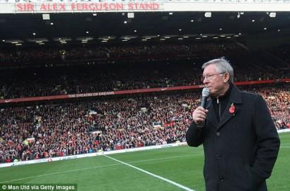 Sir Alex Ferguson Stand di partai kandang terakhir Sir Alex sebelum pensiun