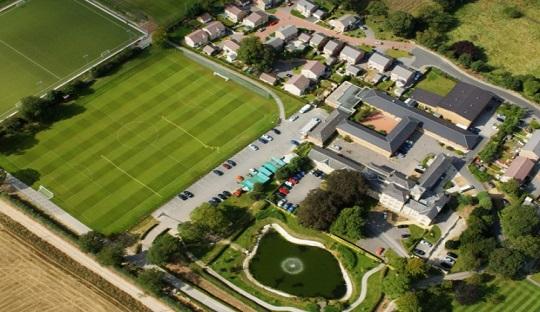 Thorp Arch, pusat latihan dan akademi Leeds United yang banyak menelurkan talenta