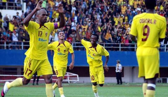 Mengenang Trio Lini Serang Terbaik Liga Indonesia 2000-an