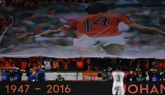 Belanda Gagal Persembahkan Kemenangan bagi Mendiang Cruyff