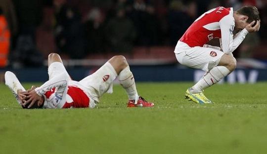 Tentang Mental Juara dan Scholes yang Tertipu Kehadiran Cech dan Özil di Arsenal