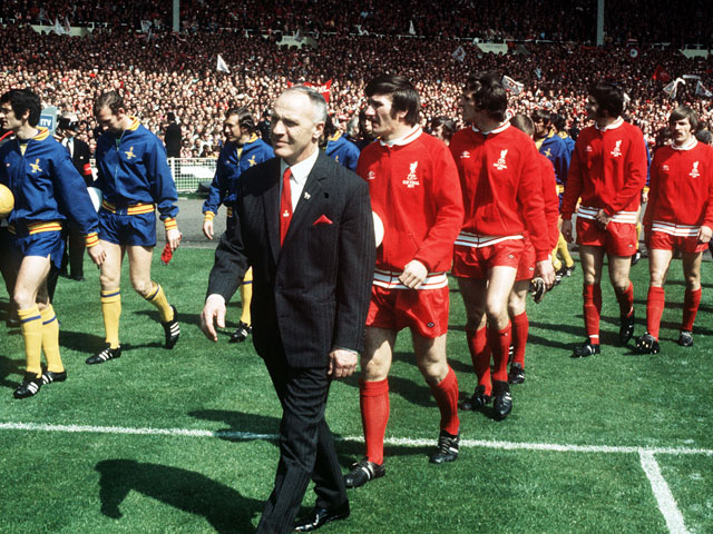 Shankly mengubah kostumnya menjadi serba merah saat ditangani Bill Shankly